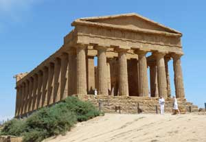 Agrigento One-Day Itinerary: Sicily Tourist Guide | Italy Heaven